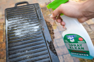 Spray the pan with Spray Kleen